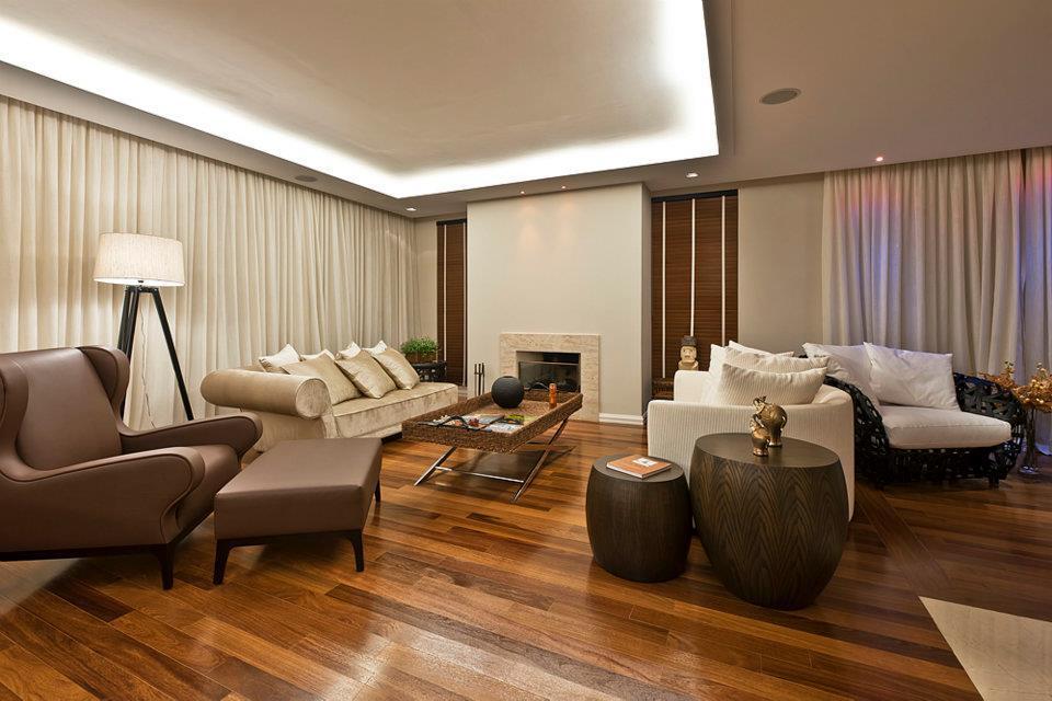 https://www.lwsite.com.br/uploads/widget_image/image/584/250/584250/decoracao-em-curitiba-jardins-arquitetos-engenheiros-construtoras-assoalhos-pisos-de-madeira-piso-de-demoli__o.jpg